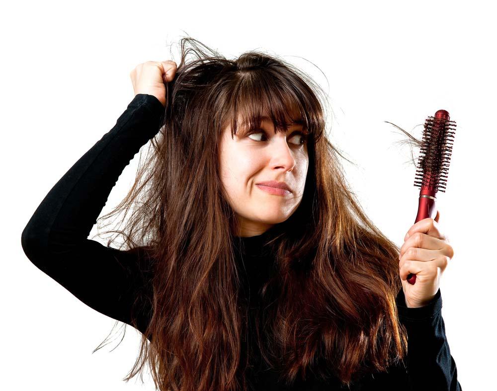 come contrastare la caduta dei capelli in primavera